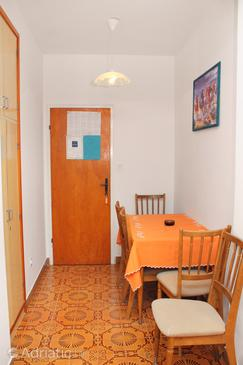 Palit, Dining room in the apartment, air condition available.