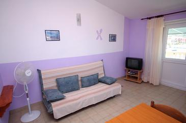 Jezera, Living room in the apartment, dopusteni kucni ljubimci i WIFI.