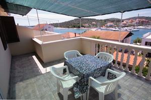 Apartments by the sea Jezera (Murter) - 5063