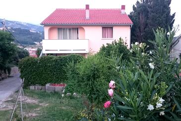 Palit, Rab, Property 5067 - Apartments and Rooms in Croatia.