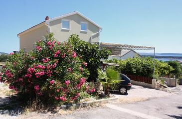 Banjol, Rab, Obiekt 5071 - Apartamenty z piaszczystą plażą.