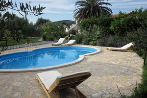 Family friendly apartments with a swimming pool Mundanije, Rab - 5072