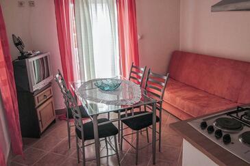 Mundanije, Obývací pokoj v ubytování typu apartment, s klimatizací a WiFi.