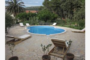 Family friendly apartments with a swimming pool Mundanije, Rab - 5076