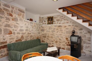 Murter, Obývacia izba 1 v ubytovacej jednotke house, dopusteni kucni ljubimci i WIFI.