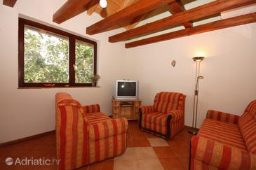 Tisno, Living room in the house, air condition available, (pet friendly) and WiFi.