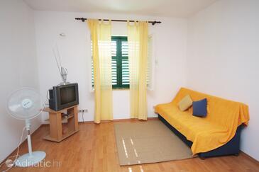 Murter, Living room in the apartment, dostupna klima, dopusteni kucni ljubimci i WIFI.