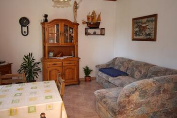 Murter, Living room in the apartment, dopusteni kucni ljubimci i WIFI.