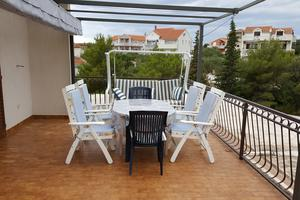 Apartments by the sea Jezera, Murter - 5120