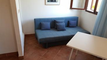 Jezera, Living room in the apartment, (pet friendly).