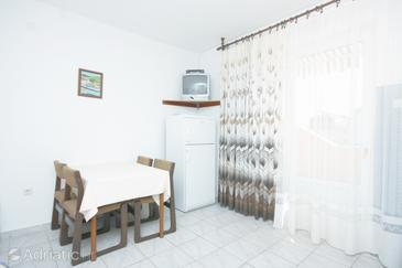 Murter, Dining room in the apartment, dopusteni kucni ljubimci i WIFI.