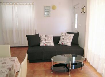 Jezera, Living room in the house, dopusteni kucni ljubimci i WIFI.