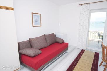 Murter, Living room in the apartment, dopusteni kucni ljubimci i WIFI.