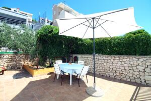 Apartments by the sea Tisno, Murter - 5136