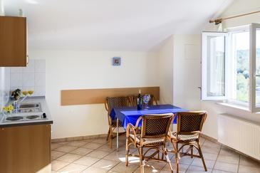 Jezera, Dining room in the studio-apartment, WIFI.