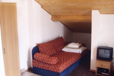 Jezera, Pokój dzienny w zakwaterowaniu typu studio-apartment, dostupna klima, dopusteni kucni ljubimci i WIFI.