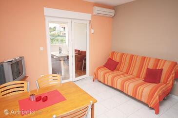 Jezera, Living room in the apartment, dostupna klima.