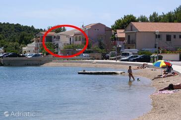 Rogoznica, Rogoznica, Property 5144 - Apartments near sea with pebble beach.