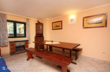 Murter, Dining room in the house, WIFI.