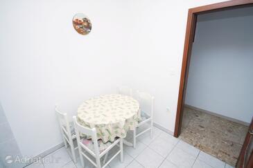 Jezera, Dining room in the apartment, WIFI.
