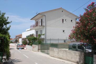 Primošten, Primošten, Property 5148 - Apartments with pebble beach.