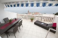 Apartments with a parking space Pisak (Omiš) - 5154