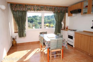 Rogač, Dining room in the apartment, (pet friendly) and WiFi.