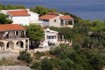Rogač, Šolta, Property 5165 - Apartments in Croatia.