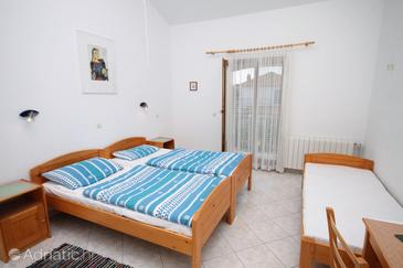 Gornje selo, Bedroom in the room, air condition available, (pet friendly) and WiFi.