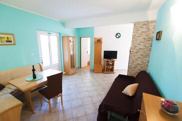 Rogač, Living room in the apartment, dostupna klima i WIFI.