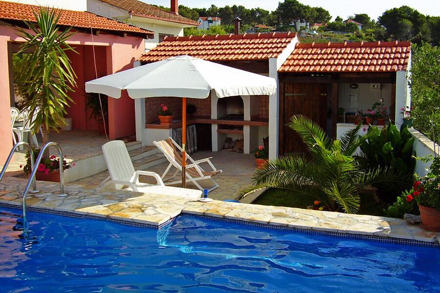 Chorvátsko apartmán s bazénom