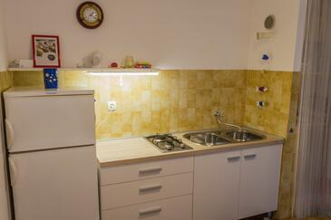 Stomorska, Кухня в размещении типа studio-apartment, WiFi.