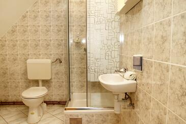 Bathroom 2   - A-5194-b
