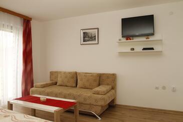 Smoljanac, Obývací pokoj v ubytování typu apartment, s klimatizací a WiFi.