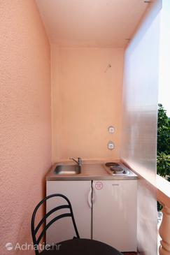 Zaostrog, Kitchen in the studio-apartment, WIFI.