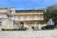 Apartments with a parking space Gradac (Makarska) - 5198