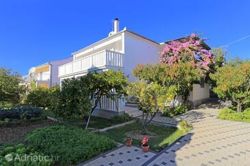 Poljica, Trogir, Property 5199 - Apartments near sea with pebble beach.