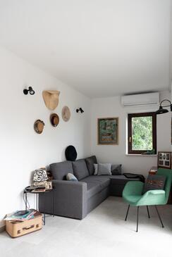 Žrnovska Banja, Living room in the apartment, WiFi.