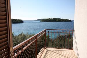 Апартаменты у моря Маслиница - Maslinica (Шолта - Šolta) - 5212