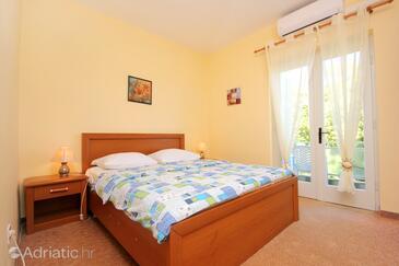 Cavtat, Спальня в размещении типа room, доступный кондиционер и WiFi.