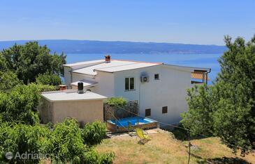 Podstrana, Split, Objekt 5225 - Ubytování s oblázkovou pláží.