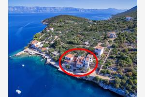Apartments by the sea Cove Pokrivenik (Hvar) - 5231