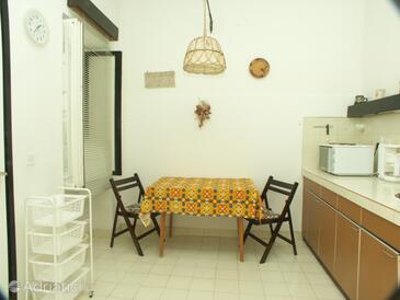 Crikvenica, Dining room in the apartment, dopusteni kucni ljubimci.