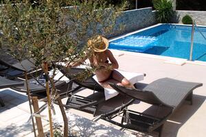 Apartamente lângă mare cu piscină Okrug Donji (Ciovo) - 5244