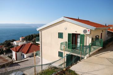 Mimice, Omiš, Property 5251 - Apartments with pebble beach.