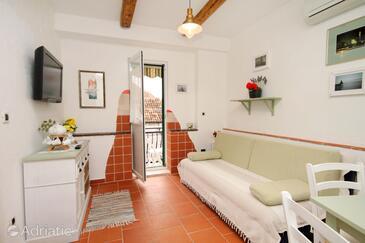Split, Living room in the apartment, dostupna klima i WIFI.