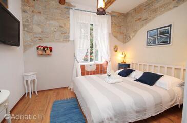 Split, Bedroom in the room, WIFI.