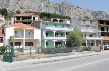 Duće, Omiš, Property 5278 - Apartments with sandy beach.