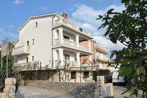 Appartements avec parking Selce, Crikvenica - 5287