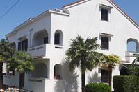 Апартаменты с парковкой Sveti Anton (Krk) - 5288